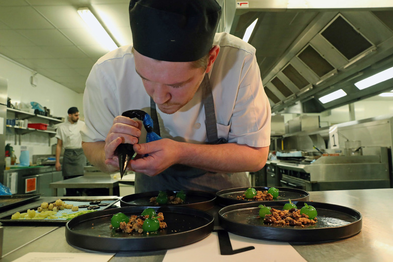 Chefs to serve up fine dining bonanza as finals head to North Wales - 5