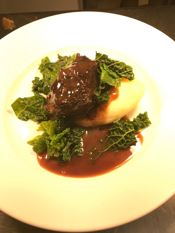 Slow cooked ox cheek, mashed potato, kale