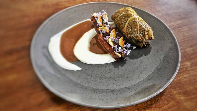 Stuffed cabbage, BBQ rib, sourcream and stewing jus