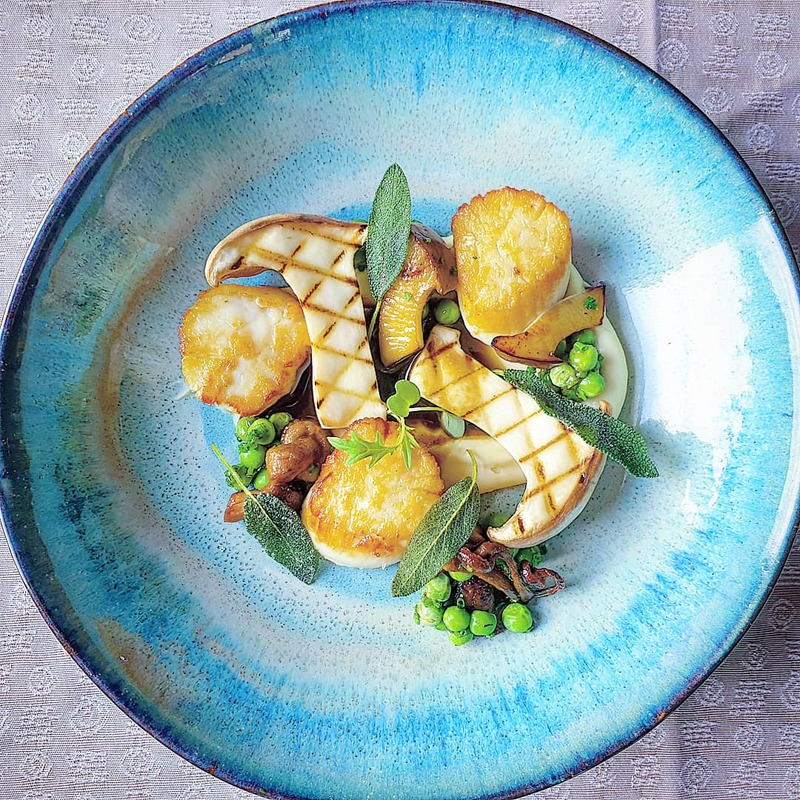 Seared kilmore quay scallops. Potato and truffle puree, peas, wild mushroom variations, sage jus.