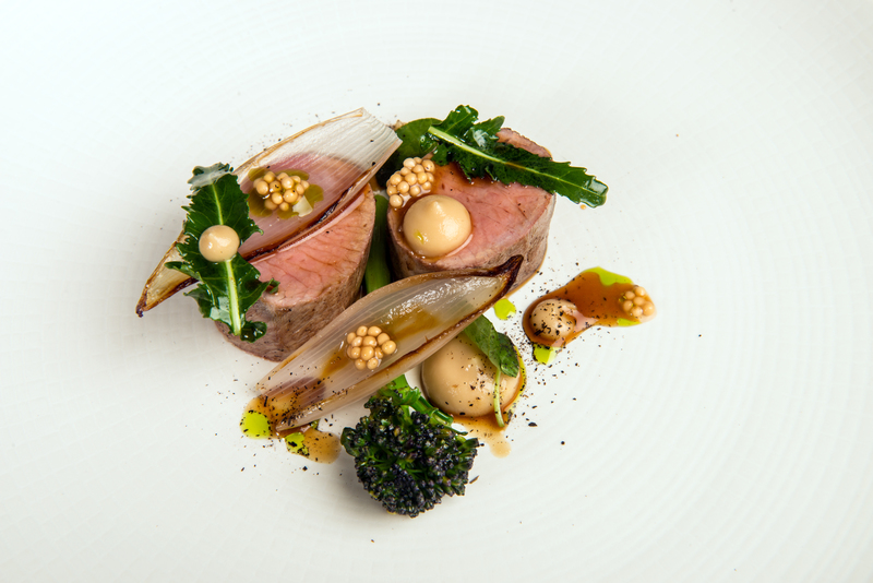 35 days dry aged lamb loin, Jerusalem artichoke pure, roasted shallots and pickled mustard seeds.