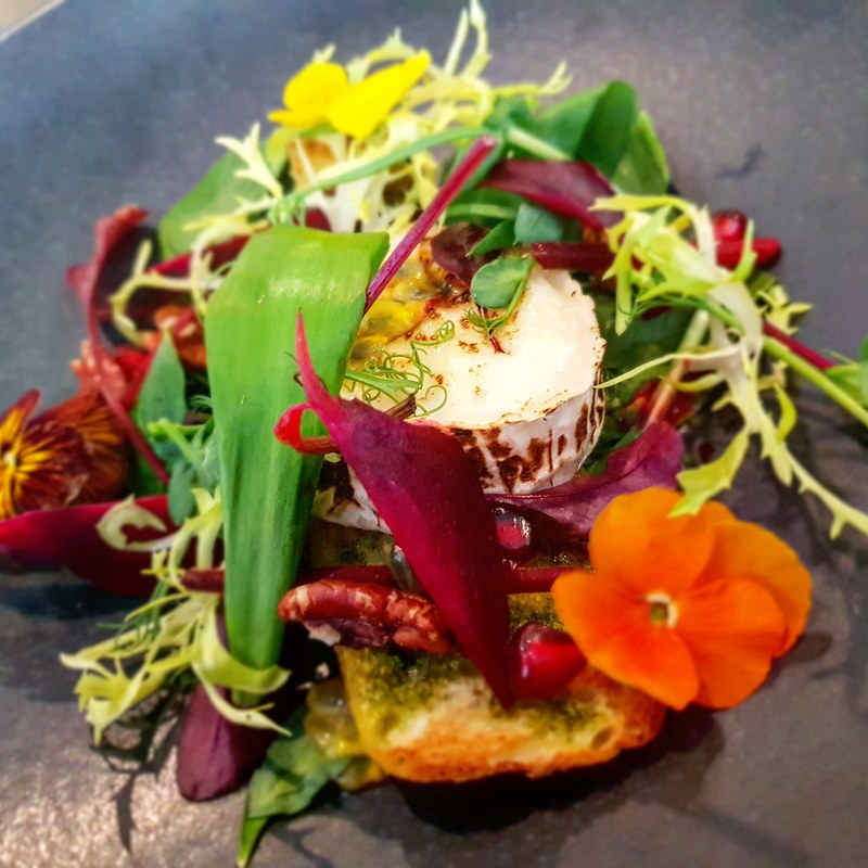 Capricorn goat's cheese, wild garlic, pecan nuts , baby beets, passion fruit, foccacia bread crouton, pomagranate #capricorn #goatscheese #salad #wildgarlic #pecan #foccacia #bread #pomagranate #passionfruits #cheese #babybeets #lightbite #healthyfood #tastyfood