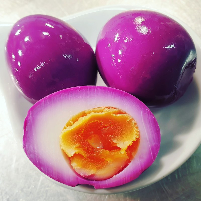 Spiced Red Cabbage Pickled Eggs.