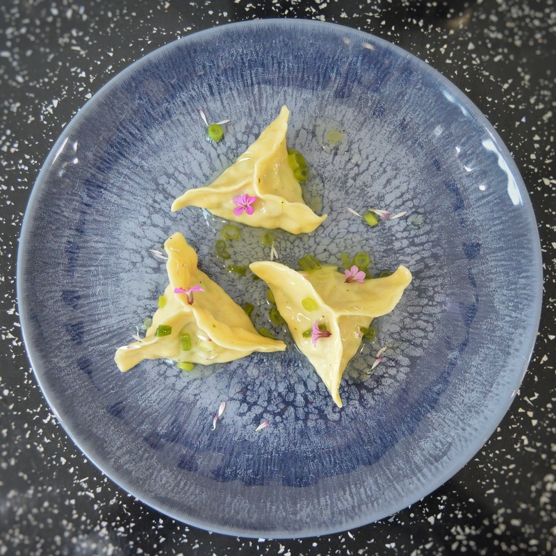 Smoked haddock, cheddar and peas fagottini pasta with white wine and spring onion sauce