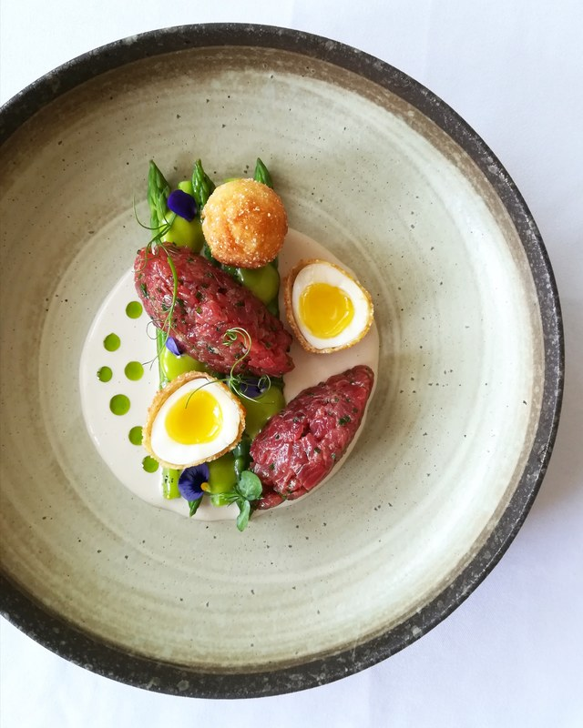 Flank steak tartare, white asparagus puree, fried quail egg, green asparagus, wild garlic mayonnaise :seedling::seedling::seedling::seedling:
