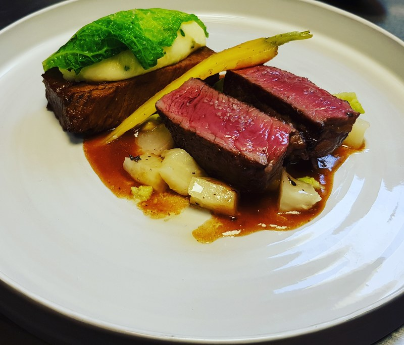 Beed fillet and Shin, Champ, Savoy Cabbage, Jus