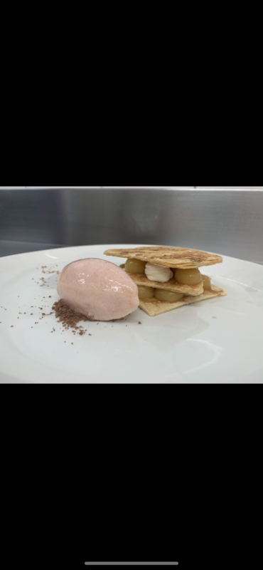 Peaches and cream Muille fuile, white peach sorbet