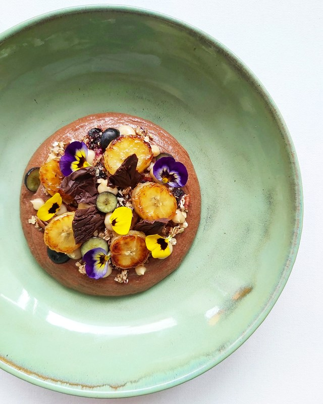Salty caramel chocolate mousse, peacan & blueberry granola , caramelized bananas, banana puree...