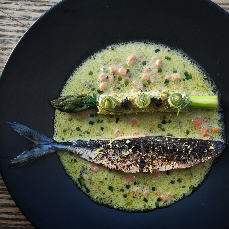 "Sweet sicily and lemon cured mackerel, asparagus ""cannelloni"", pickled cucumber, caviar, lemon and chive cream."