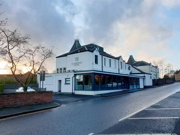 For Sale! Successful Hotel, Bar & Restaurant In Central Scotland