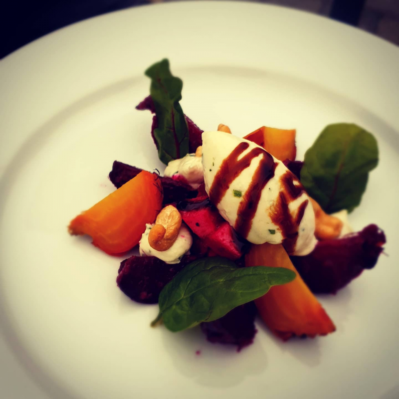 Beetroots and goat's cheese mousse