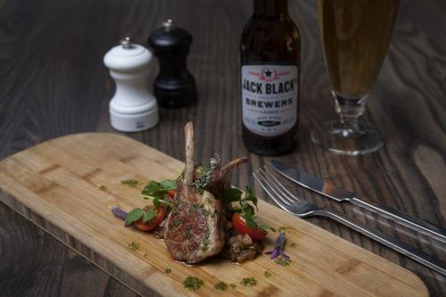 Rack of lamb and beer. #foodie #food #chefsroll #chefsoninstagram #foodstyling #foodheaven #indulge #beer