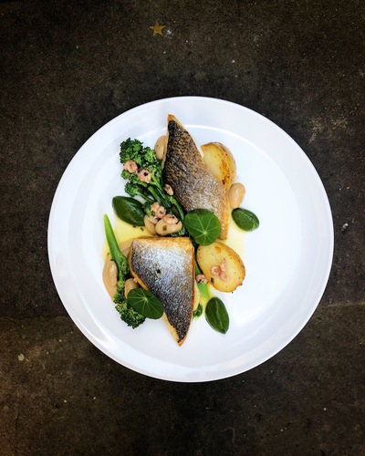 Sea bream•white beans•brown shrimp•purple sprouting•lemon butter•spinach purée