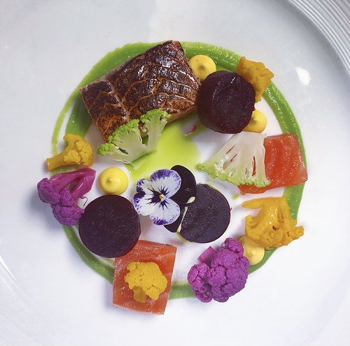 Marniated salmon, brocoli puree, smoked baby beetroots, raw and pickled vegetables