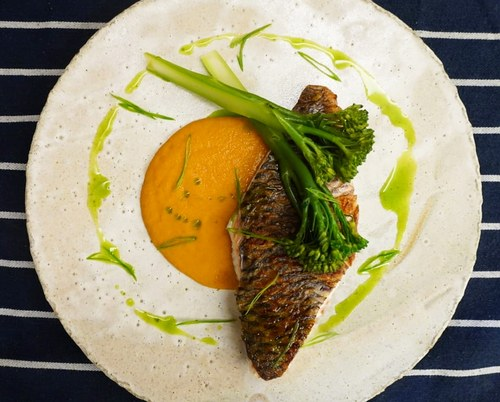 Local tilapia, capsicum puree, broccolini, garlic chives oil & scallion.