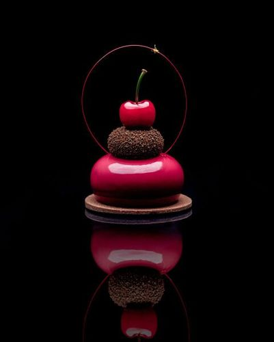@heihchoc 75%, Cherry & Chilli petit gateau Picture by @faydit_photography