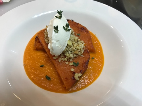 Pumpkin purée and baked pumpkin with walnut and cream cheese