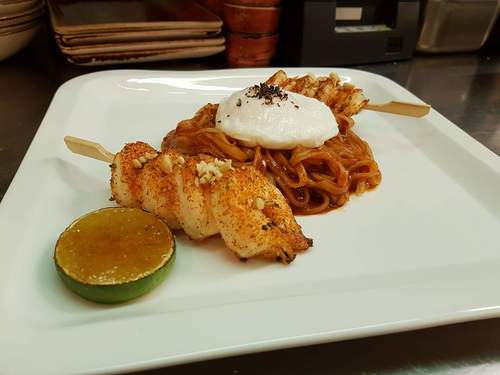 Shrimp pad thai, poached egg..