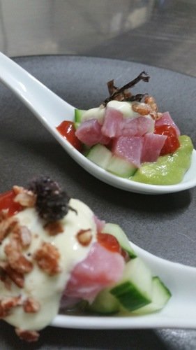 Tuna saracha avo kewpie and seaweed