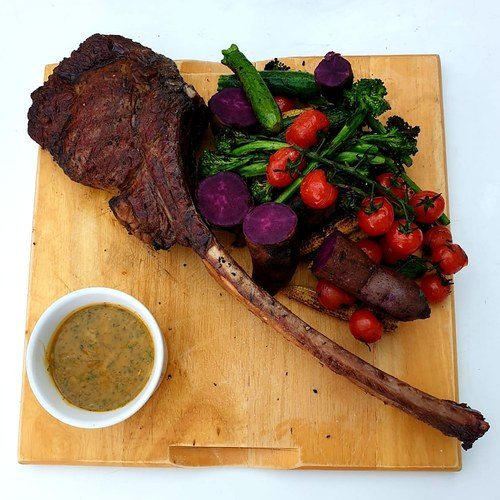 Chargrilled tomahawk, vegetables, purple potatoes, home made barbecue sauce. #tomahawk#steak#bbq#purplepototoes#chargrilled#chef#foodporn#foodinspiration#darlstrongknife