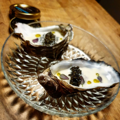 Céline Oyster, Caviar, Thyme and Griller Cream