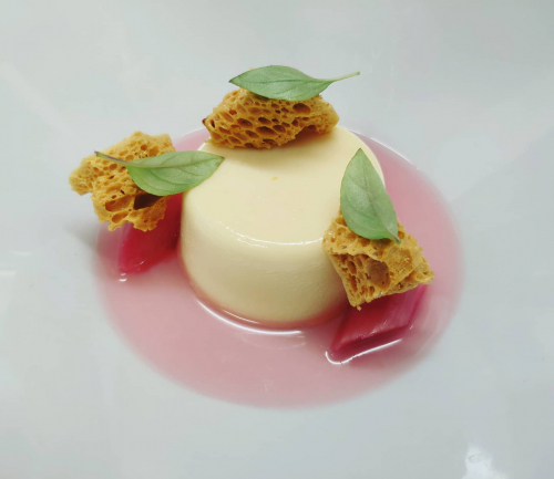 White Chocolate Bavarios, Rhubarb, Honeycomb