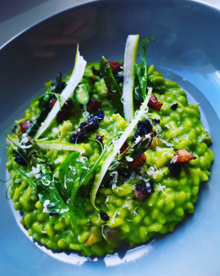 Pea, wild garlic and asparagus risotto
