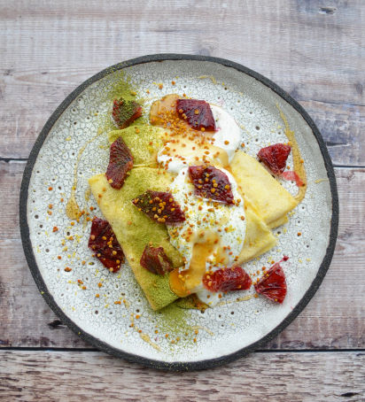 Crapes, Greek Yogurt, Bloody Orange, Matcha, Bee Pollen, Honey