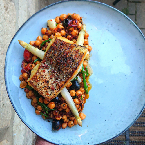 Hake, Warm Salad of Chickpeas, White Asparagus, Samphire, Roasted Tomatoes & Red Onion, Olives, Wild Garlic & Harissa Dressing. Oh and forgotten Preserved Lemon. D'oh! 😂  Www.instagram.com/gandalf_the_bearded_one