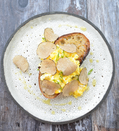 Scrambled Eggs with Summer Truffle