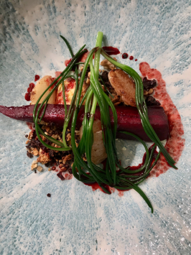 Crapaudine Beetroot, Cheese Custard, Rye Dukkah, Monks Beard & Samphire rig.jpg