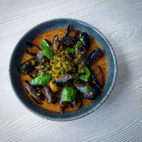 Roaring bay mussels arabiatta, basil sourdough crumble