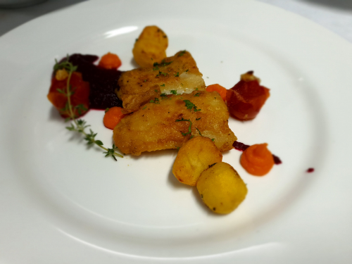 Panfried fish with puree beetroot