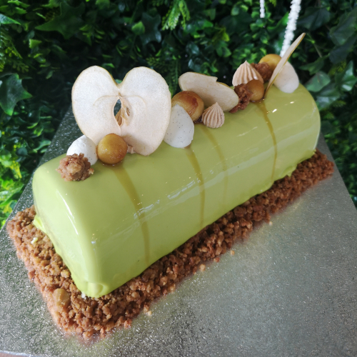 Apple Crumble Entremet