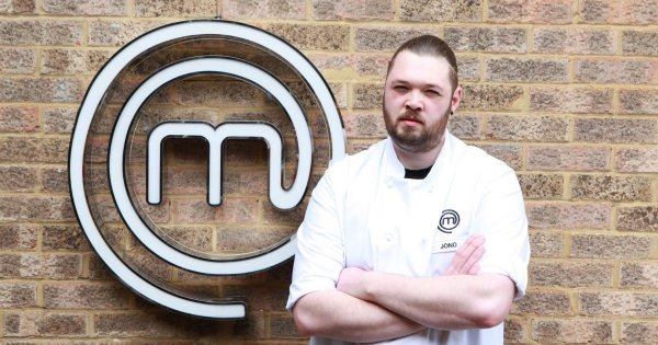 Who is MasterChef: The Professionals 2020 chef, Jonathan 'Jono' Hawthorne?