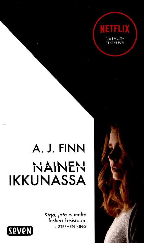 Finn, A. J.: Nainen ikkunassa (elokuvakannella)