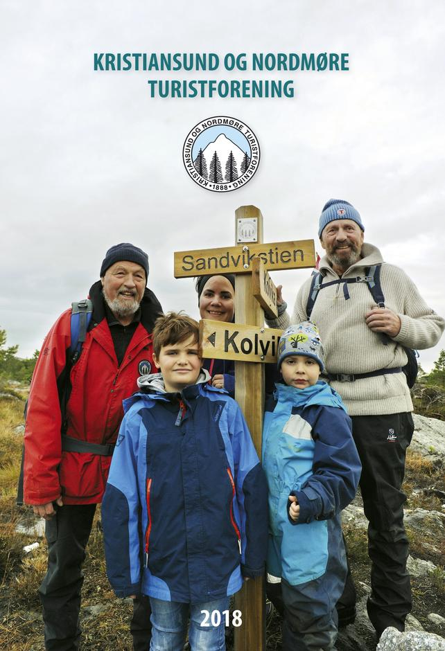 Årboka 2018, forsidebilde fra åpning av Sandvikstien