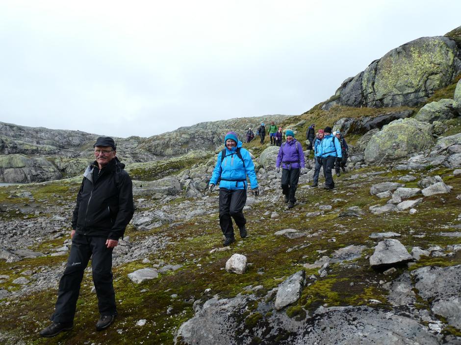 På rad og rekke blant barske fjell