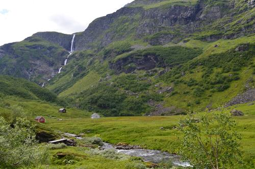 Ossete, på vei ned til Osa i Ulvik