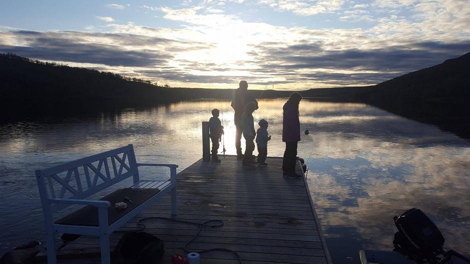 Magisk kveldsstemning på overnattingstur til Jotka fjellstue