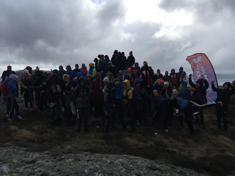 I ytre Sogn var 80 elevar samla i Solund på Hamnafjellet