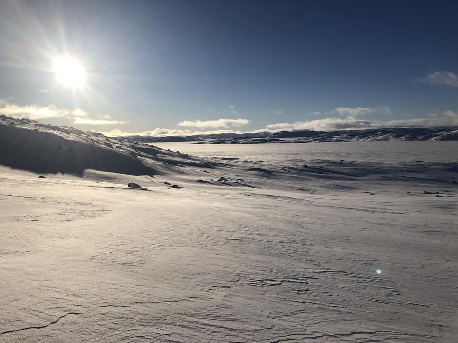 Isen på Blåsjø er målt til 20 cm stålis på det miste tykkelsen.