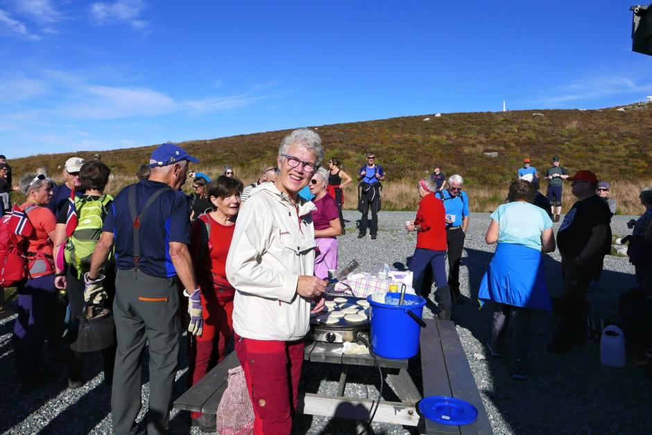 Gerda Øen, styreleder i Stord–Fitjar Turlag, var en av rundt 150 deltagere på protestaksjonen mot flere vindkraftturbiner på Fitjar.