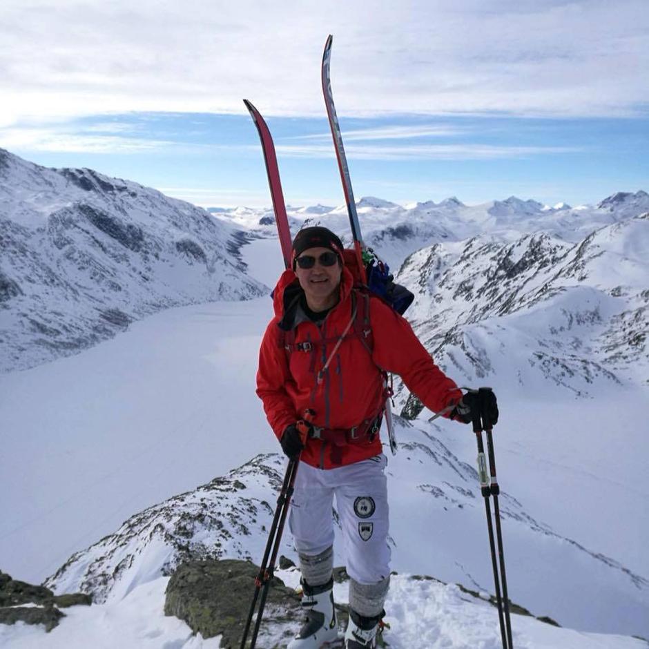 Steinar Lauritzen er en durkdreven skigåer og gleder seg til å ha med deg på tur.