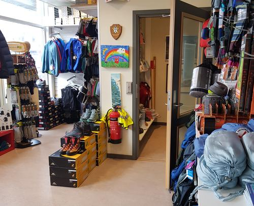 Butikken åpnes gradvis igjen fra mandag 11. mai