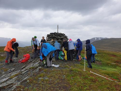 Fløtravarden 869 moh