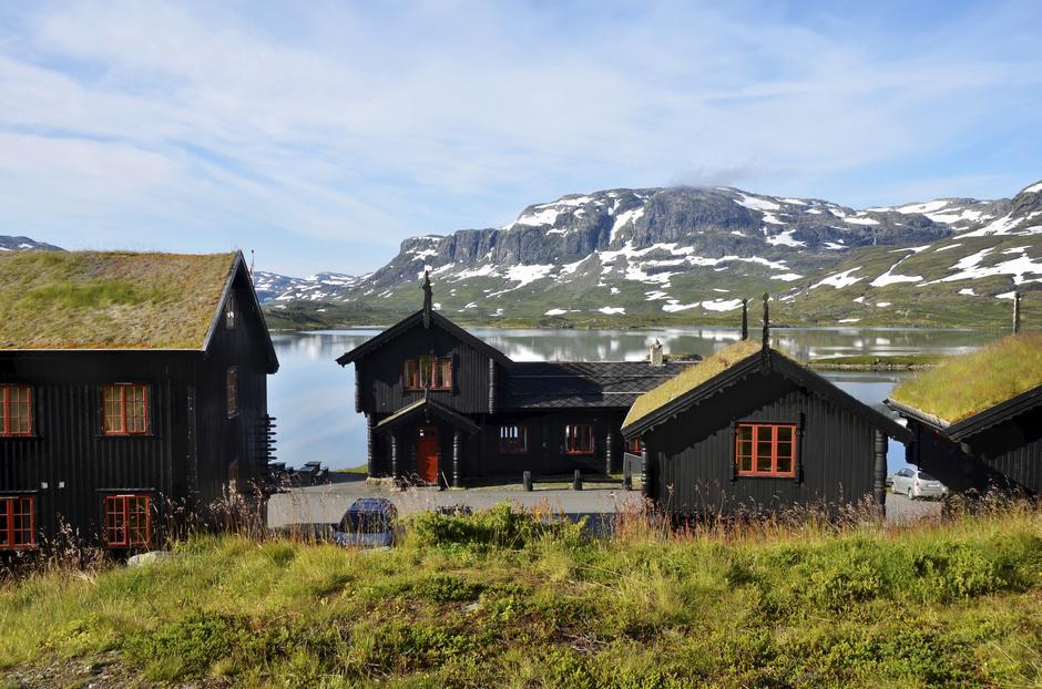 HAUKELISETER FJELLSTUE: Bakeri Nansen holder til i bygget midt i bildet.