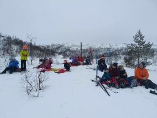 Barnas Turlag på ski fra Ådneram