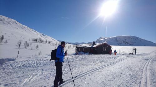 Troms Turlag åpner for overnatting på enkelte hytter