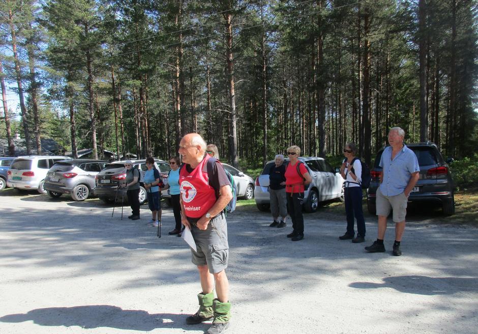 Turleder Erik Monserud før starten.